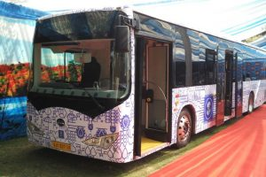 Delhi'ites hail govt's move to procure 1,000 electric buses