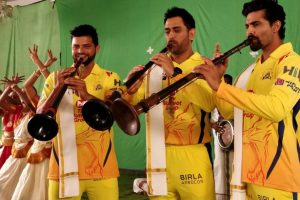 IPL 2018: Chennai Super Kings skipper MS Dhoni practices in net ahead of upcoming season