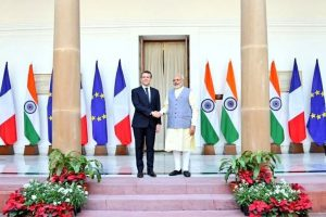 PM Modi welcomes Macron at Hyderabad House ahead of bilateral talks