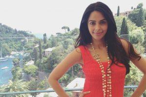 Mallika Sherawat to promote veganism in India