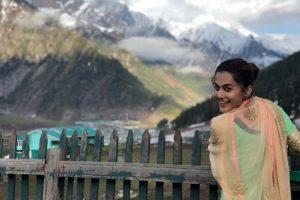 'Manmarziyan': Taapsee Pannu lost in serenity of Kashmir