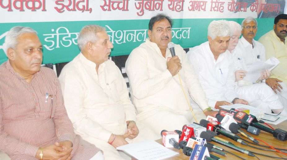 INLD ready to join anti-BJP, anti-Cong alliance, woos BSP