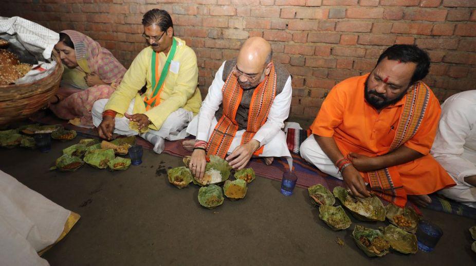 Amit Shah, BJP president, Odisha CM, Naveen Patnaik, Amit Shah Odisha, Amit Shah lunch, Odisha Dalits, Dalits