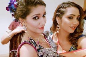 'Bigg Boss' season 11 contestants Arshi Khan, Mehjabi reunite at wedding of Sapna Choudhary's brother