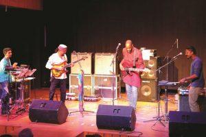 Rhythm and three syllables