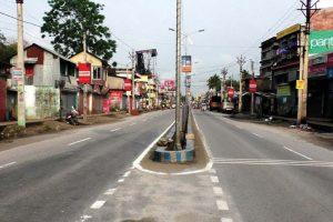 Left strike has mixed response in Siliguri