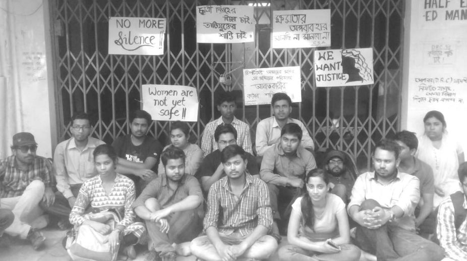 Students of North BengalUniversity's Department of Computer Science and Applications, on Tuesday padlocked their department.
