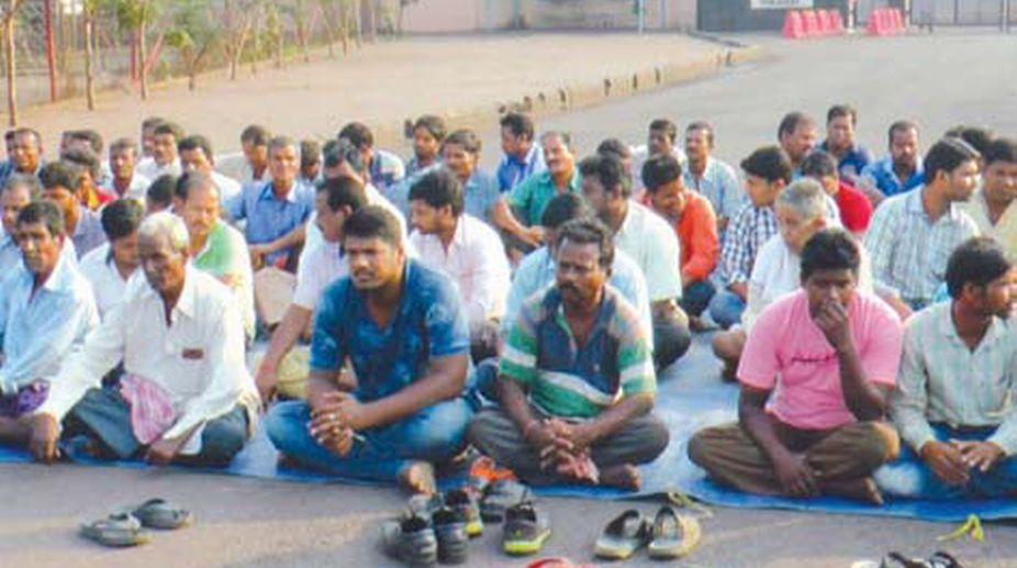Handia villagers stage a sit-in infront of Essar plant in Paradip. (Photo: SNS)