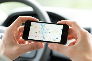 Google Maps testing landmark-based navigation to tell directions