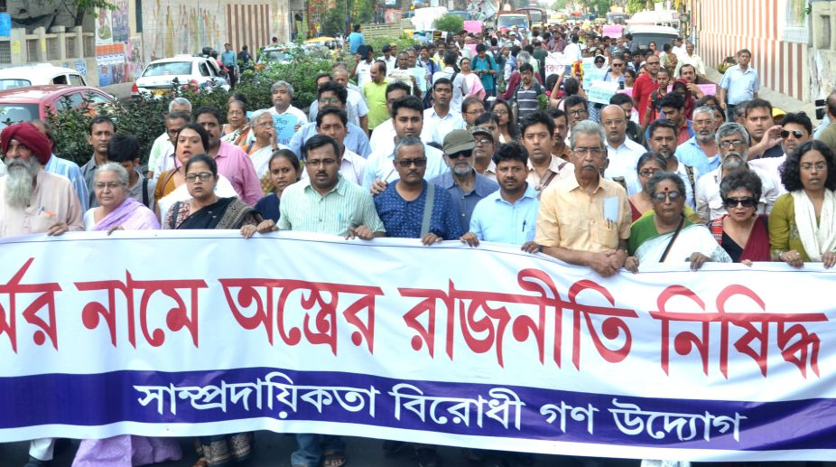 Left intellectuals, violence in Bengal, Mahajati Sadan, Tarun Majumder