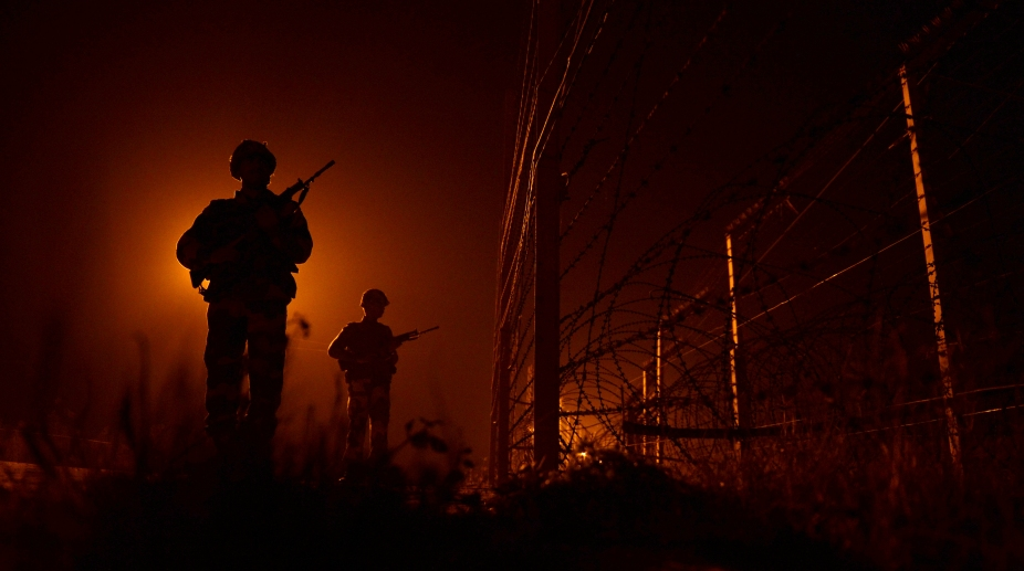Indian Soldiers along India-Pak border