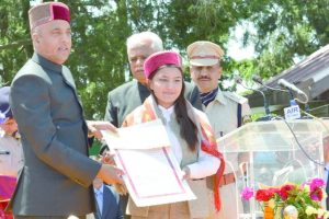 Himachal CM Thakur for new schemes to usher era of development