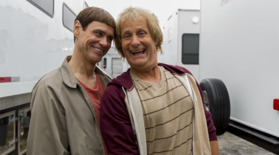'Dumb and Dumber' reunion: See Jim Carrey hilariously crash Jeff Daniels' interview