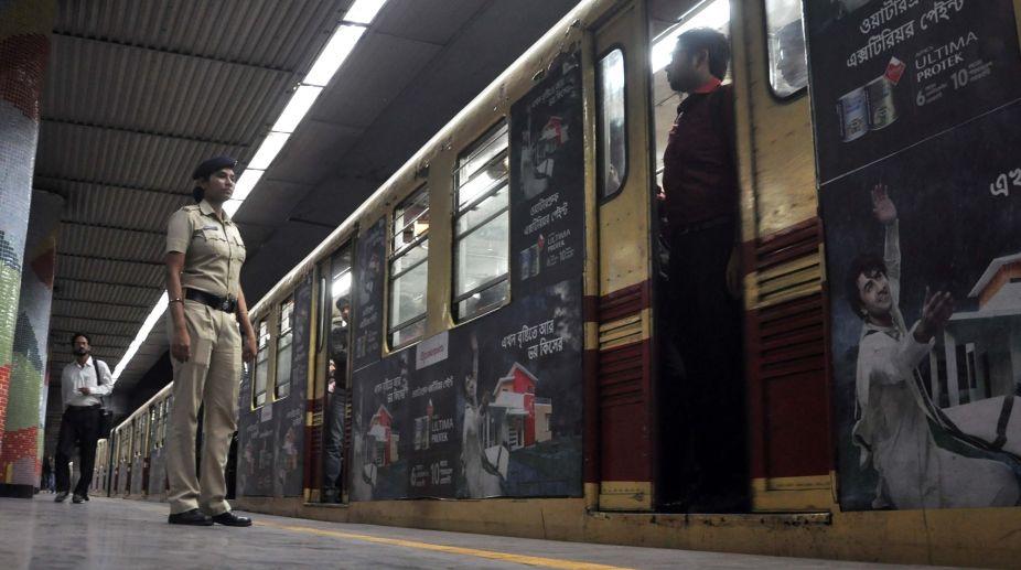 Kolkata Metro, Metro services, Commuters