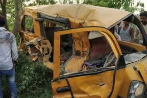 At least 13 children dead in school bus accident in Kushinagar