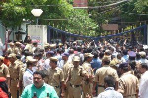 Judge in Mecca Masjid case resigns