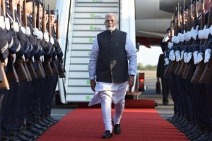 PM Modi checks on health of IAF guard who collapsed in searing Delhi heat