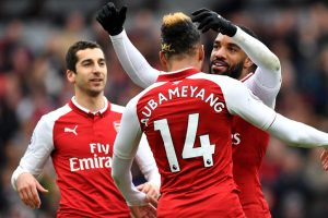 Arsenal vs Stoke City: Pierre-Emerick Aubameyang's classy gesture for Alexandre Lacazette is talk of the town