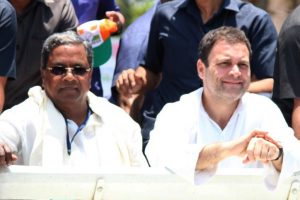 Congress declares support to JD(S), Siddaramaiah to meet the Governor at 5.30 pm