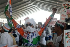 Congress sounds bugle for 2019 polls at Jan Aakrosh Rally
