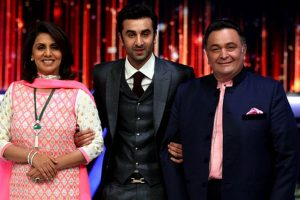 Rishi Kapoor is a bully, Ranbir Kapoor is down-to-earth, says Neetu Singh | Watch