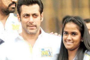 May jealousy, negativity fade away, says Arpita Khan