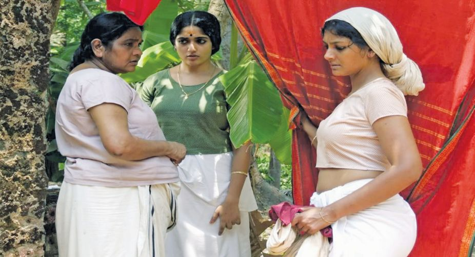 A still from Naalu Pennungal