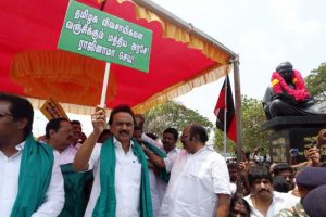 Tamil Nadu, Karnataka strike call over CMB