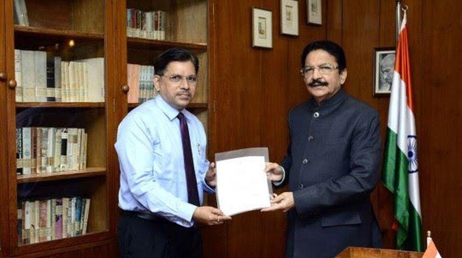 Suhas Pednekar, Vice Chancellor, Mumbai University, Mumbai University Vice Chancellor
