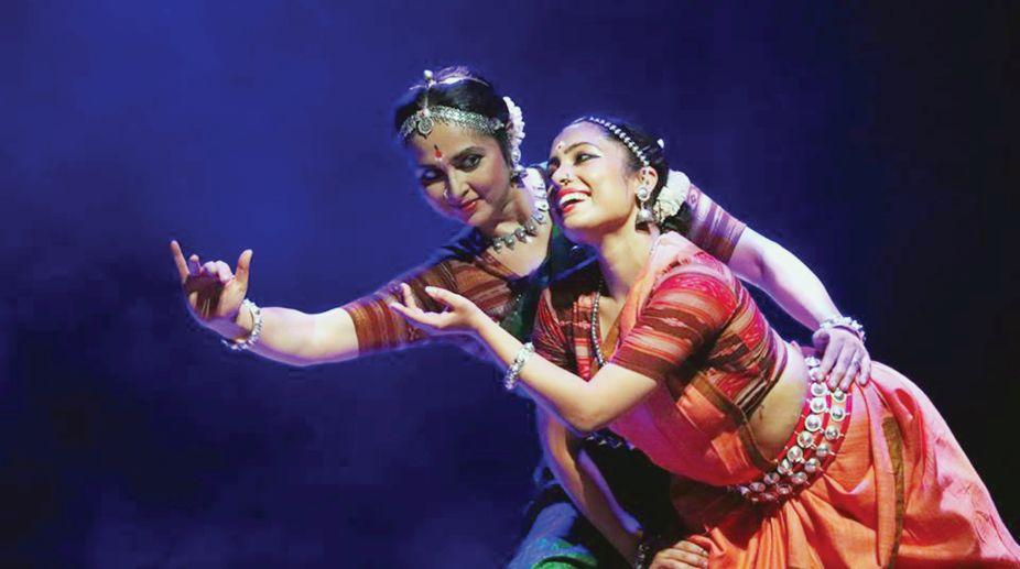 Murchchana, music, Dinesh Poddar, Sharmila Biswas