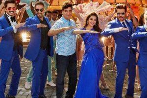 Madhuri Dixit, Anil Kapoor, Ajay Devgn recreate Paisa yeh Paisa song for 'Total Dhamaal'