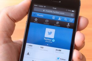 EU data law in sight, Twitter updates its privacy policy