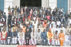 U'khand leaders fail to submit Assembly details