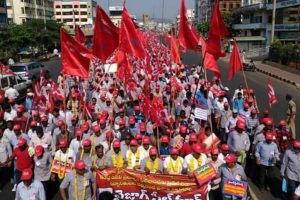 Workers of Vizag Steel Plant oppose privatisation with long march