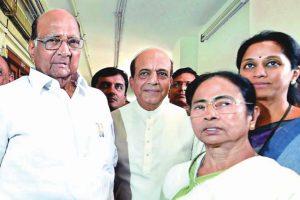 Pawar, Mamata in tug of war