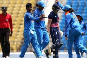 INDW vs ENGW, 1st ODI: Poonam Yadav restricts England to 207