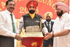 CM announces `25 lakh grant to upgrade Sikh Regiment Centre