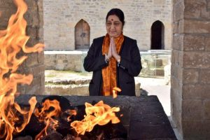 Sushma pays homage at ancient fire temple 'Ateshgah' in Baku