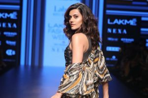 Taapsee Pannu replaces Kangana for leading clothing brand
