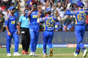 Mumbai, Rajasthan aim to eliminate each other from IPL play-off race