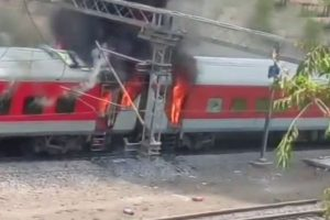 Andhra Pradesh Express train catches fire in MP; no injuries reported