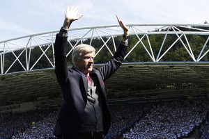 Premier League: Huddersfield Town fans' unique gesture for Arsene Wenger is talk of the town
