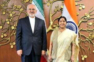 Sushma meets Iranian FM; India to continue trade ties with Tehran