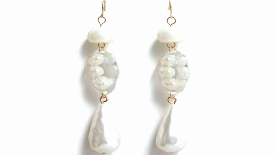 Mango pearl effect earrings