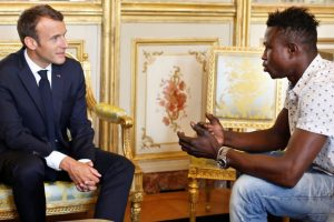 Malian migrant who saved 4-yr-old child to get honorary French citizenship