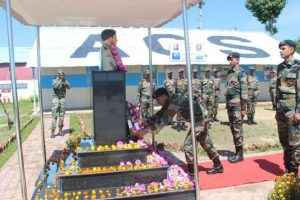 Army pays tribute to Lt Ummer Fayaz on first death anniversary