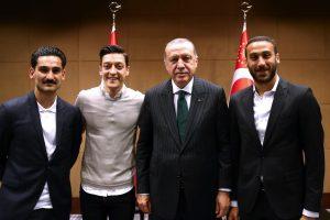 DFB criticises Mesut Ozil, Ilkay Gundogan for meeting Turkish Premier Recep Erdogan