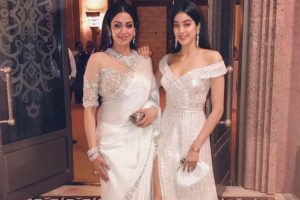 Mother's Day:Janhvi Kapoor remembers Sridevi with throwback picture