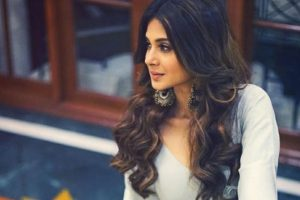 Beyhadh actress Jennifer Winget enjoying her own little Cannes | See reactions