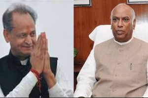 Congress ready for alliance with JD-S: Mallikarjun Kharge, Ashok Gehlot